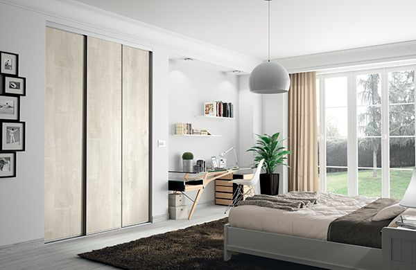 kazed portes de placard coulissantes traditionnel bois flott cr me poign e alu naturel. Black Bedroom Furniture Sets. Home Design Ideas