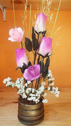 Arreglo De 5 Rosas De Pétalos De Madera En Florero Color