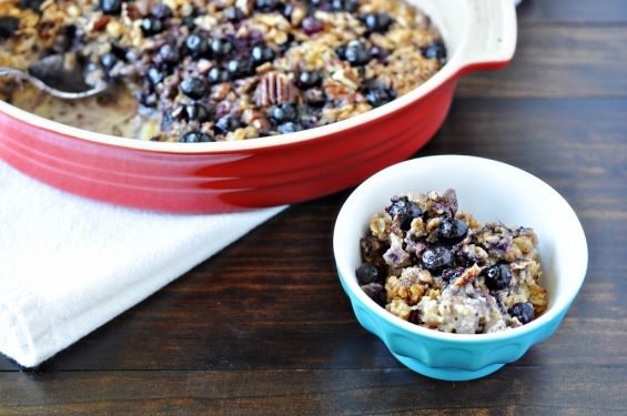 Baked Oatmeal with Fruit