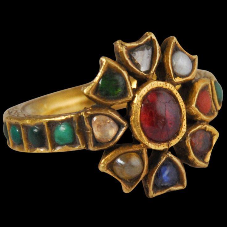 Gold Navaratna Ring Anguthi India mid 19th century This