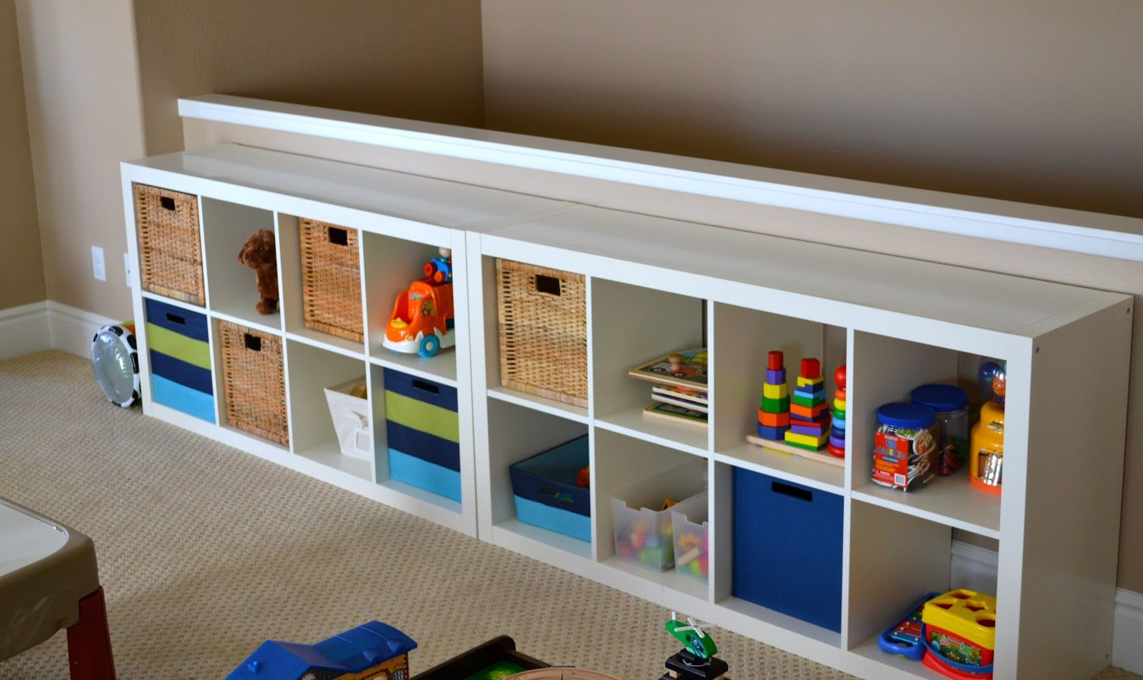 Furniture white rectangular storage for toy place with for Hampers for kids rooms