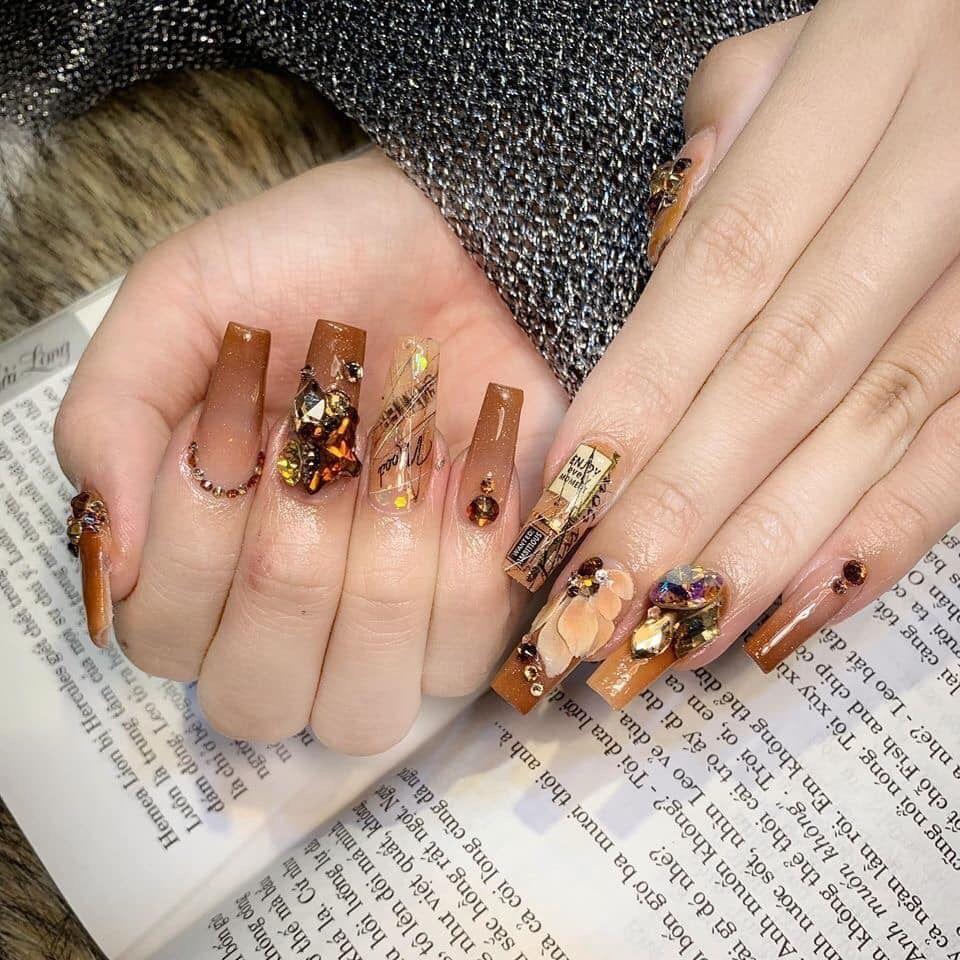 Pin By Janet Roberts On Mẫu Nail In 2020 Nails Pretty Acrylic Nails Shimmery Nail