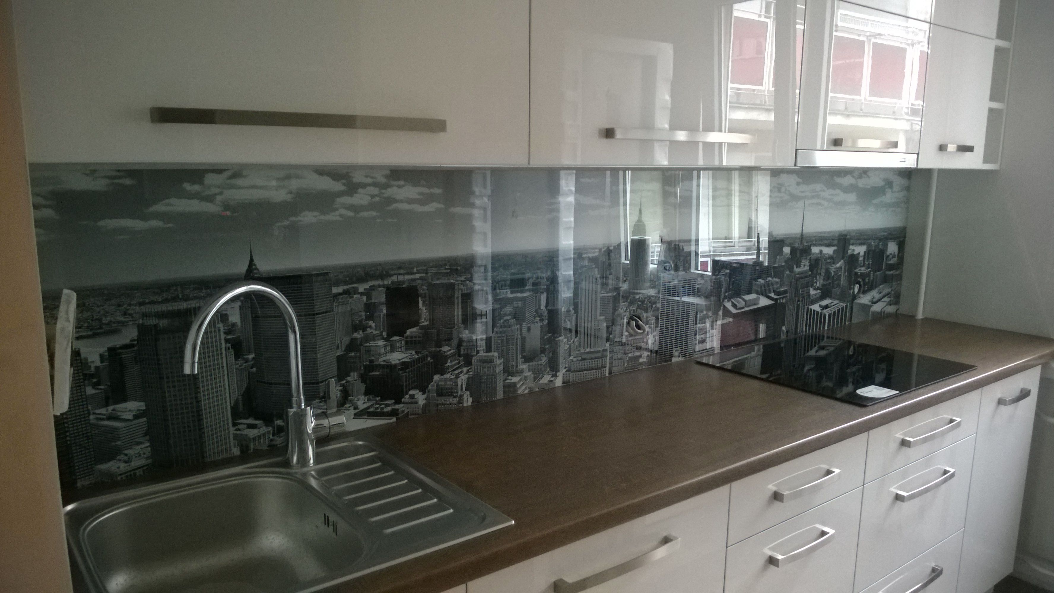 Kitchen glass backsplash with digital printing made of tempered glass with led background Kuchenny panel