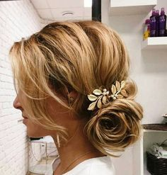 40 Sparkly Christmas And New Year Eve Hairstyles New Year S Eve Hair New Year Hairstyle Party Hairstyles