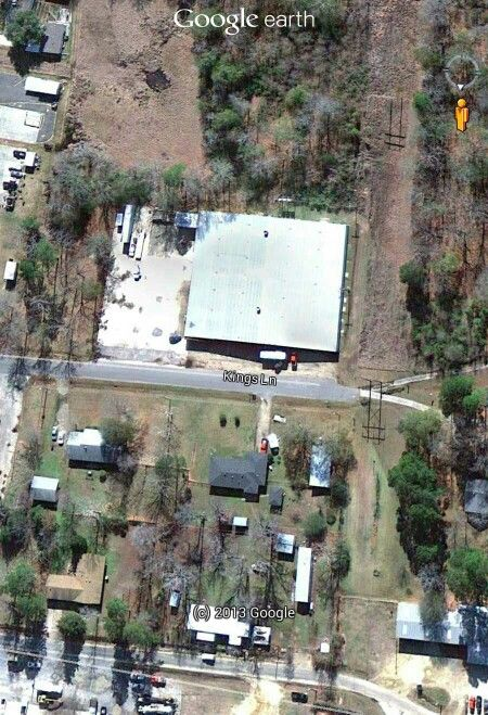 Duck Commander Warehouse Notice The Duck Decoys On The
