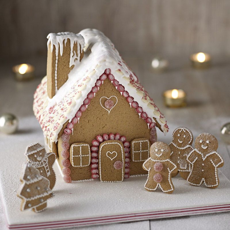 Lakeland Gingerbread House Cutter Set Christmas