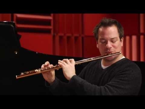 Online flute lesson, Emmanuel plays Ravel´s Daphnis et Chloe - YouTube