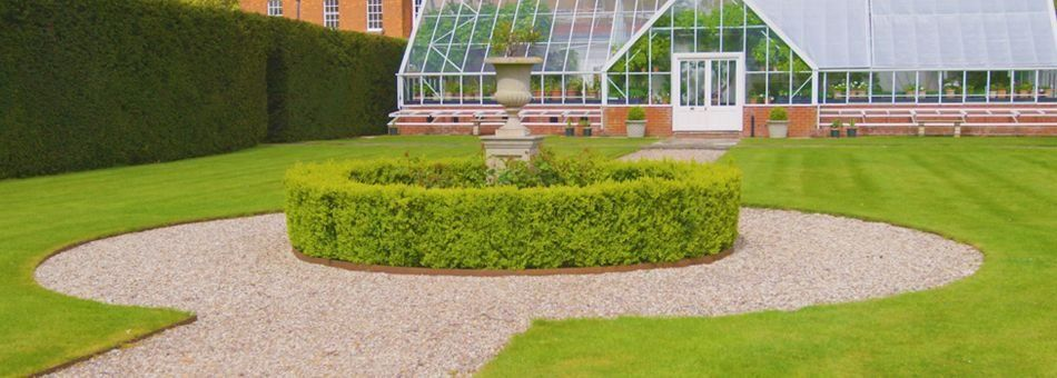 Traditional Lawn Edging | Steel Lawn & Driveway Edging ...