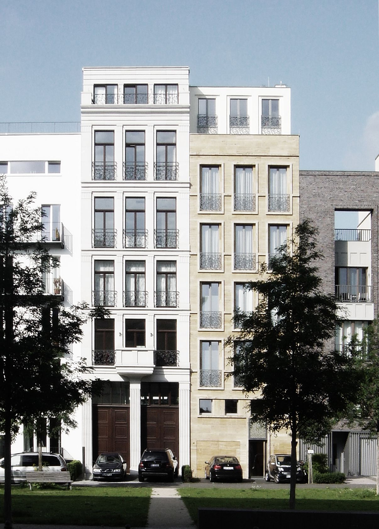 Townhouses on the Caroline von Humboldt weg in Berlin