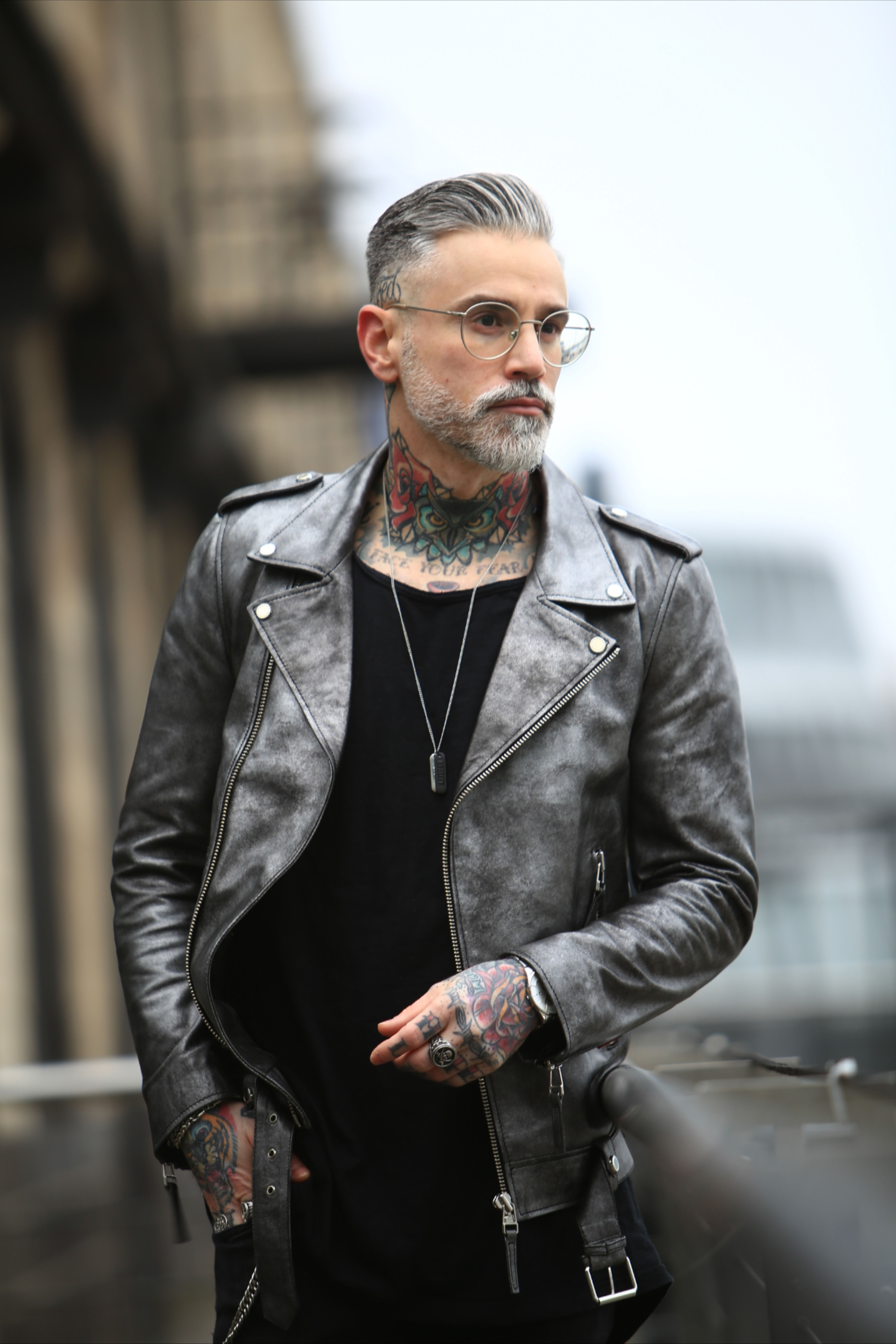 Men S Metallic Voyager Leather Biker Jacket Mens Leather Jacket Biker Leather Jacket Outfit Men Leather Jacket Men [ 8208 x 5472 Pixel ]