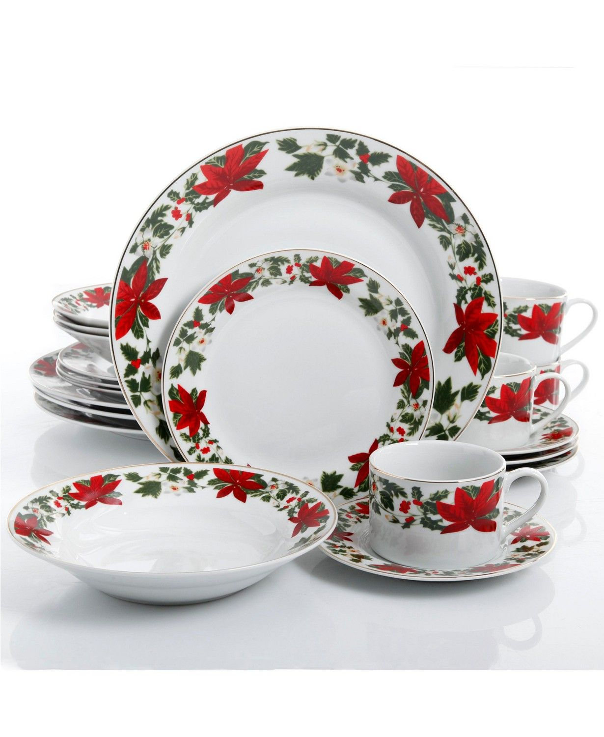 Christmas China Patterns You Ll Love For Your Southern Home Holiday Dinnerware Christmas Dinnerware Christmas Dinnerware Sets