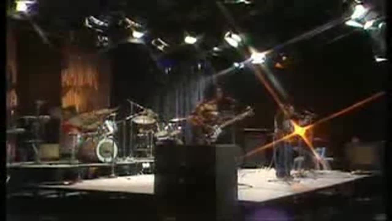 10cc In Concert Bbc 1974 In 2020 Silly Love Electric Piano Concert
