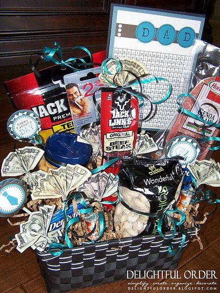 32 Best Homemade Fathers Day Gifts Gift basket ideas for guys lilcheekies give-i…