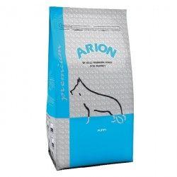 Arion Premium Puppy es un pienso especialmente indicado para cachorros de razas medianas. Entre los 12 y 30 kilos de peso adulto.