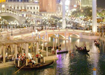 Outdoor Gondola Ride At The Venetian Indoor Sunday Thursday 10 A M