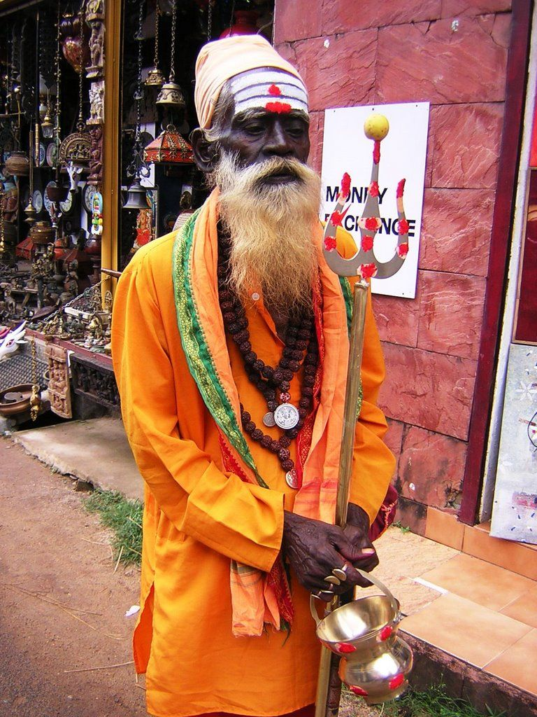 "African Diaspora: Cochin Jews -The oldest group of Jews in India, roots claimed to date to the time of King Solomon. The Cochin Jews settled in the Kingdom of Cochin in South India,now part of the state of Kerala. As early as the 12th century, mention is made of the Black Jews in southern India. The Jewish traveler, Benjamin of Tudela, speaking of Kollam (Quilon) on the Malabar Coast, writes in his Itinerary: ""...throughout the island, including all the towns thereof, live several thous..."
