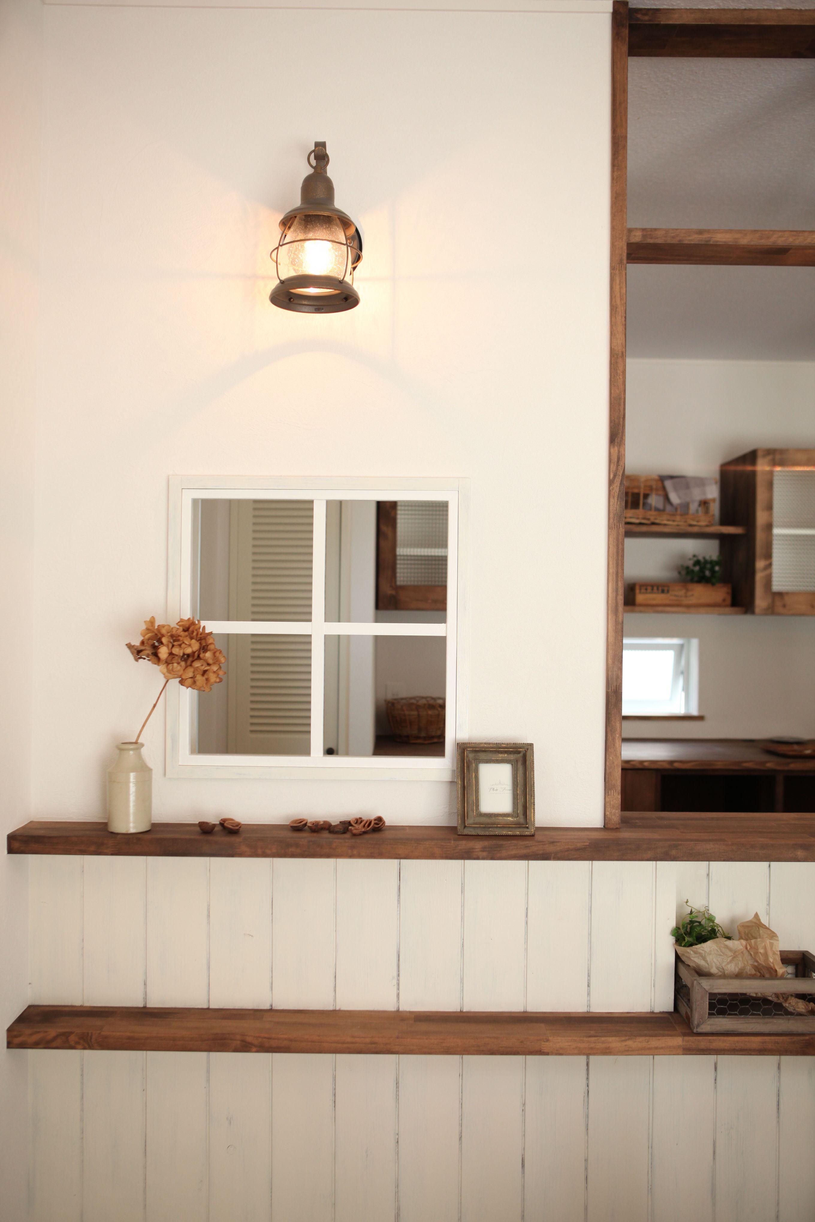 アンティークな北欧カントリースタイル 玄関 インテリア 一軒家