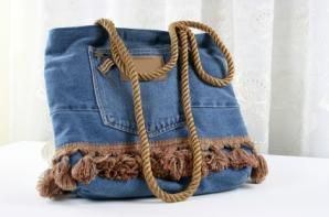 Purses Made From Jeans   purse made from old jeans is fun and funky gift for pre-teen girls.