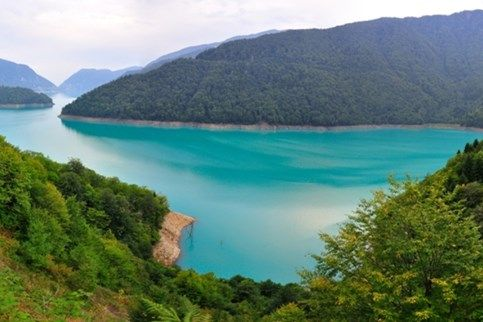 جورجيا سياحة سفر مدن مناطق أماكن أجمل صور مناظر فيزا فنادق Reservoir Tourism Georgia
