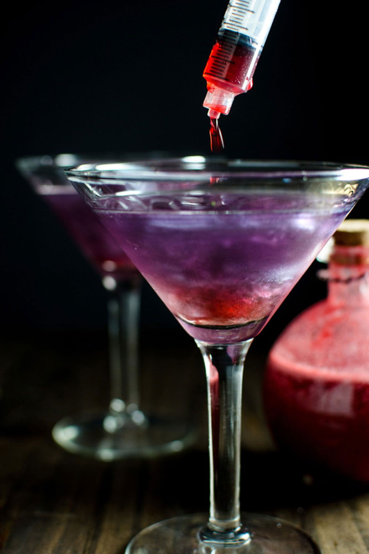 32 hauntingly delicious halloween cocktail recipes