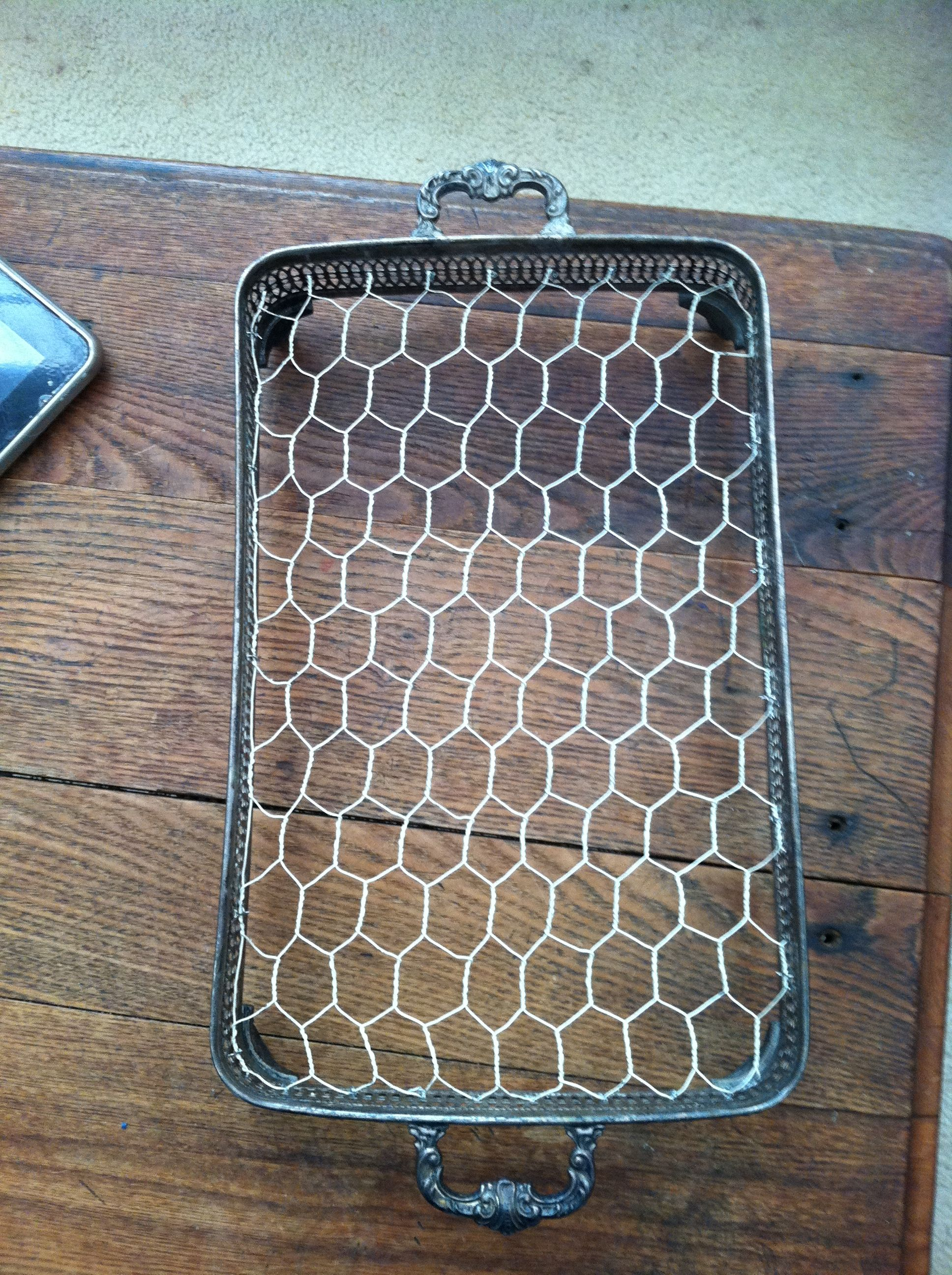 I love chicken wire crafts crafts pinterest crafts for Chicken wire craft ideas