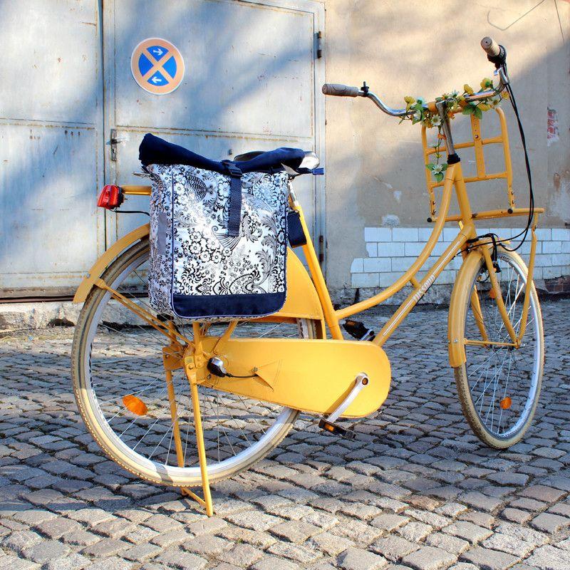 Weiteres Fahrradtasche Umhangetasche Blumen Eden Ein Designerstuck Von Ikuri Bei Dawanda Fahrradtasche Radtasche Fahrradtasche Gepacktrager