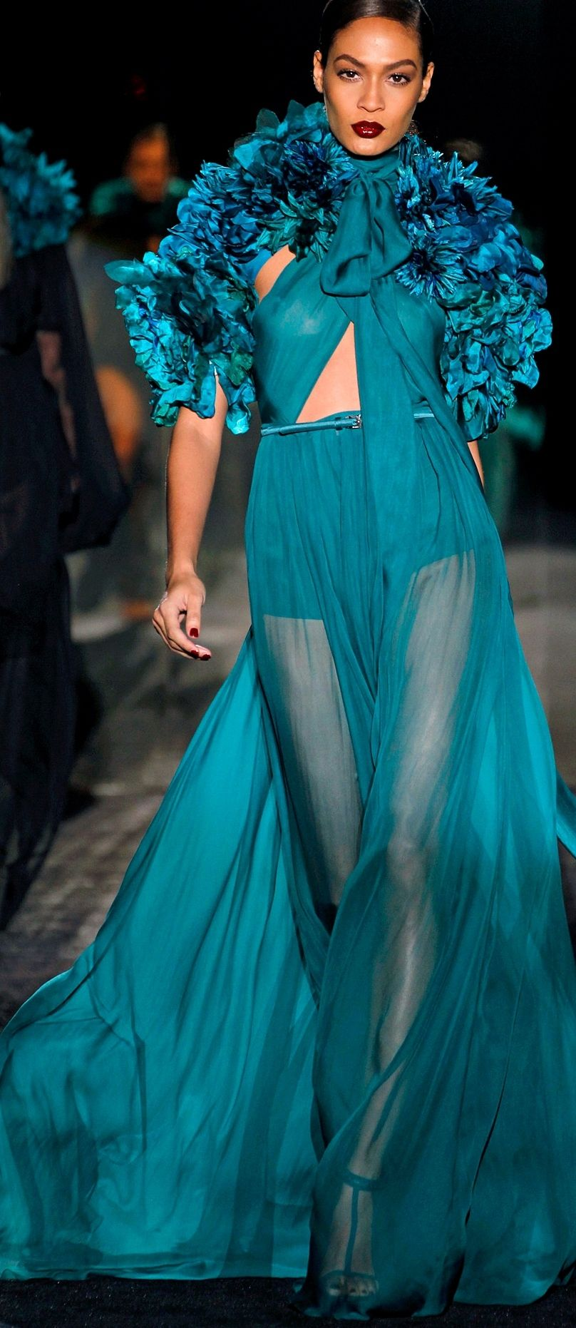 gucci fall 2011 fever haute couture versace couture