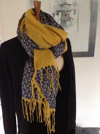 Chèche foulard 2 faces bi matières imprimė vintage géométrique moutard    Echarpe, foulard, cravate par tam-dao-accessoires 667bdc46bf4