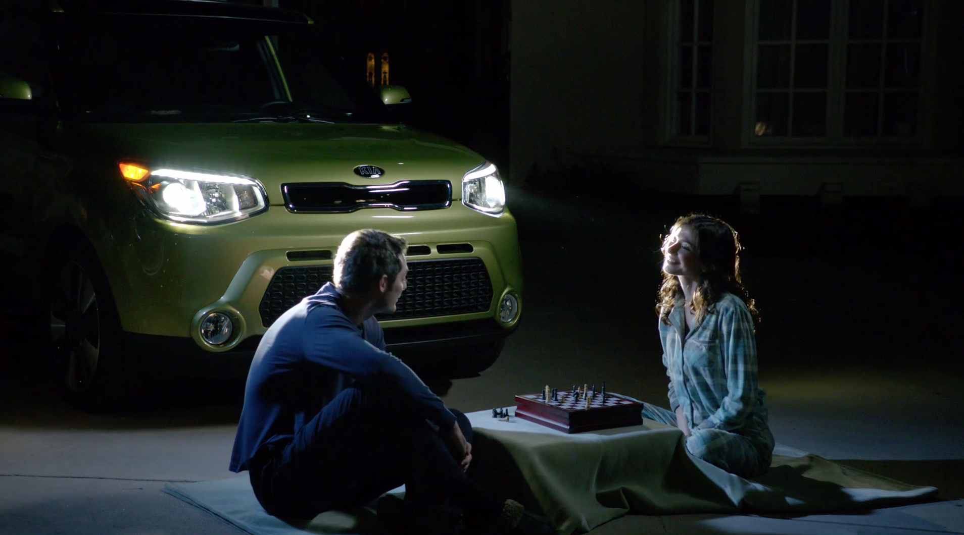 Watch The Real Stars Come Out With The 2014 Kia Soul Led Positioning Lights Https Www Youtube Com Watch V Ktxc443 P9glist Plgurp Kia Soul Kia Monster Trucks