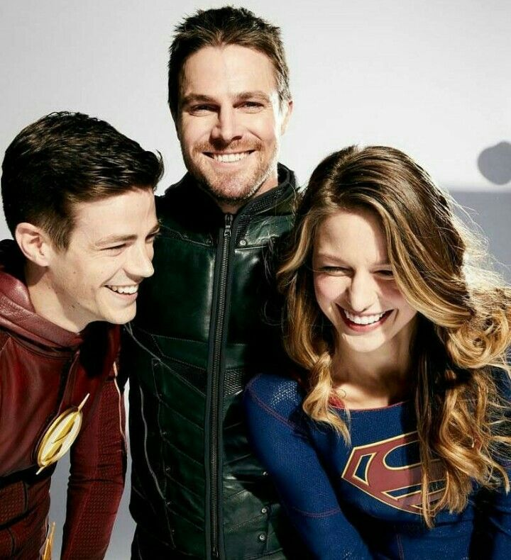 Four way crossover melissa benoist supergirl grant gustin melissa benoist supergirl grant gustin flash stephen m4hsunfo Image collections