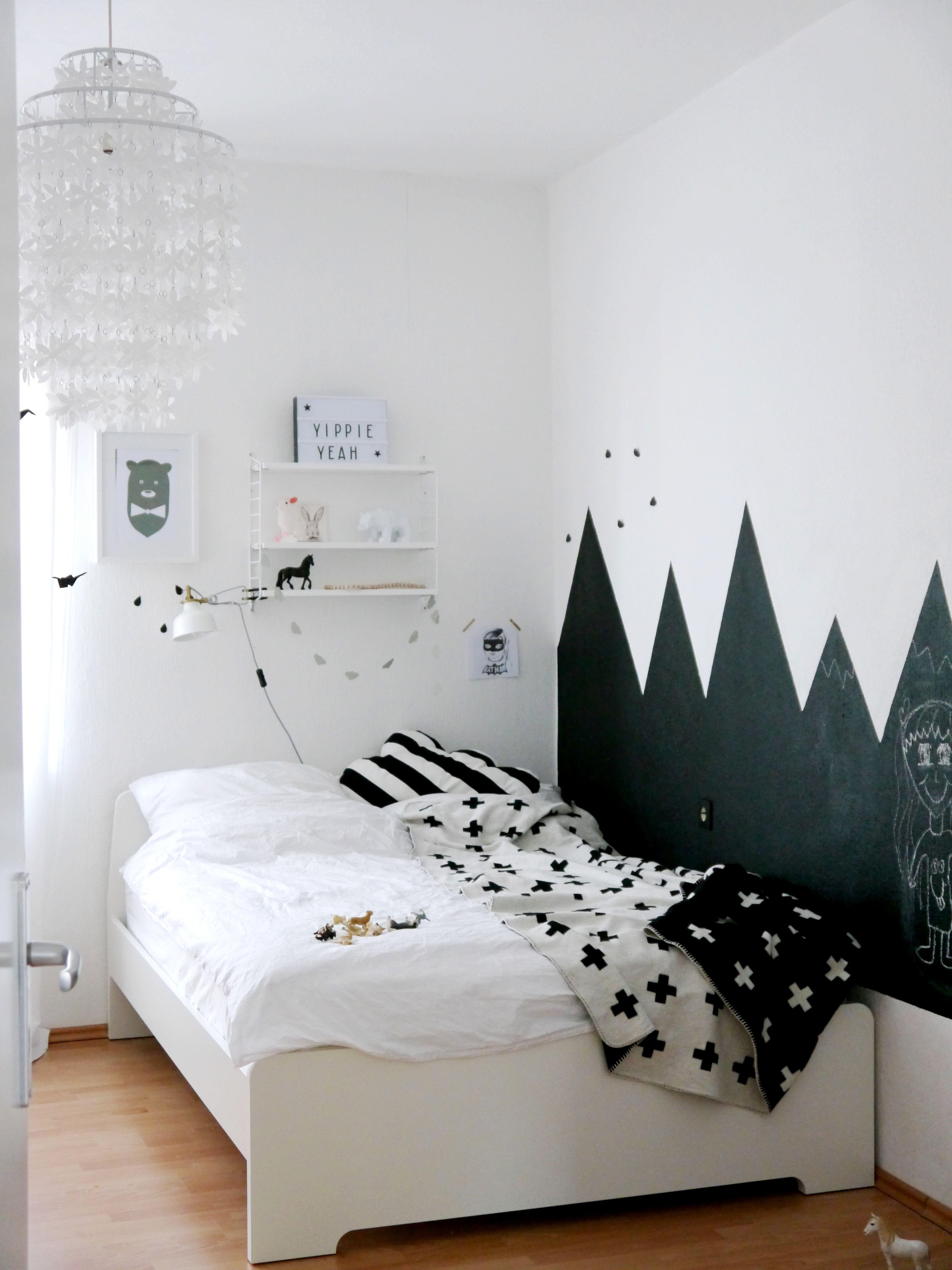 kinderzimmer schwarz weiß tafellack | jungenzimmer schwarz weiß ... - Wohnungseinrichtung Schwarz Wei