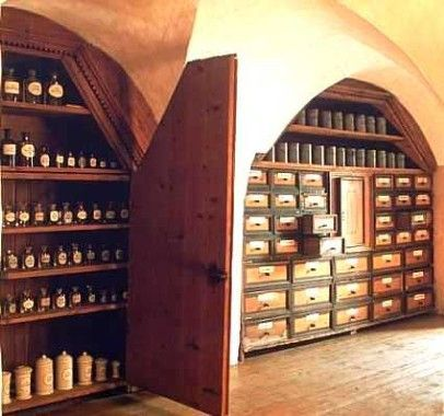 Herbal medicine and aromatherapy. I love this room! medicine and aromatherapy. I love this room!
