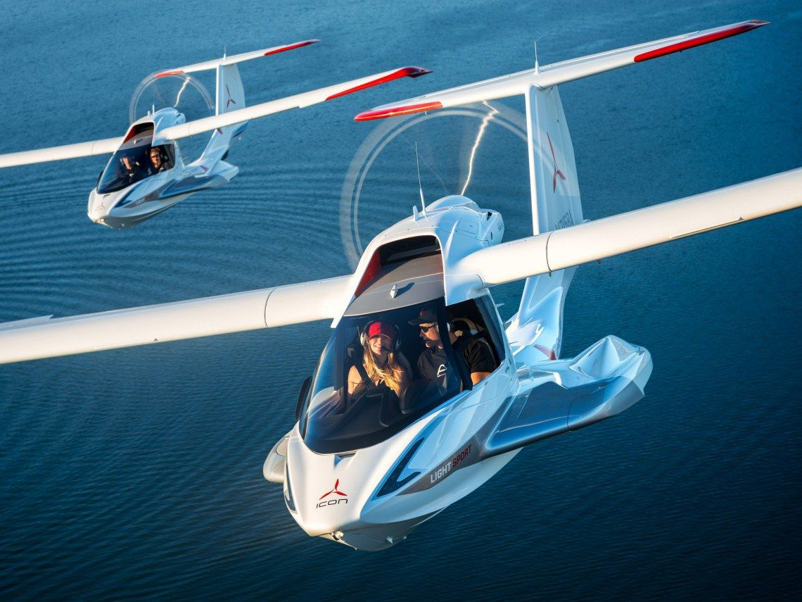 What It S Like To Fly And Stall In The Icon A5 Plane