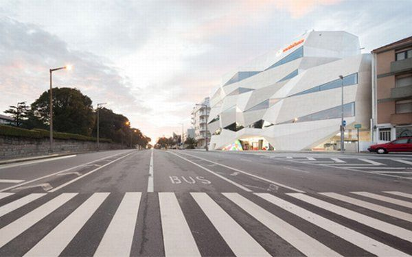 Inspiring Office Design by Vodafone Headquarters ...