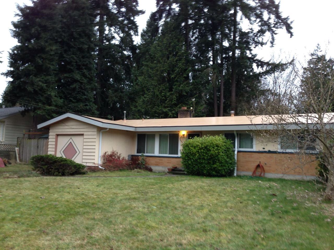 80 Mil Project In Edmonds Wa Shown In The Tan Membrane Membrane Roof Roofing Systems Roofing