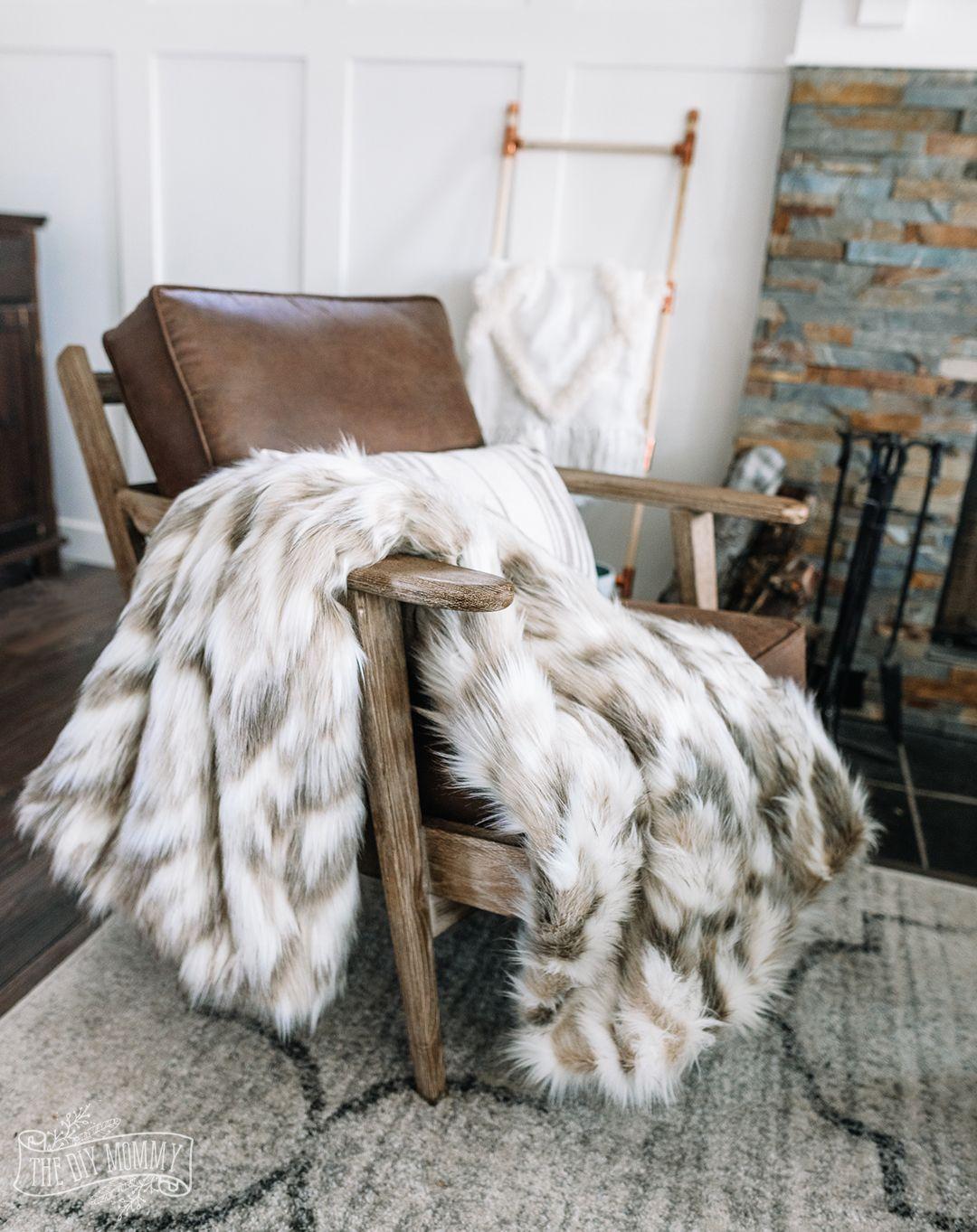 Make A Cozy Luxurious Faux Fur Throw Blanket Winter Throw