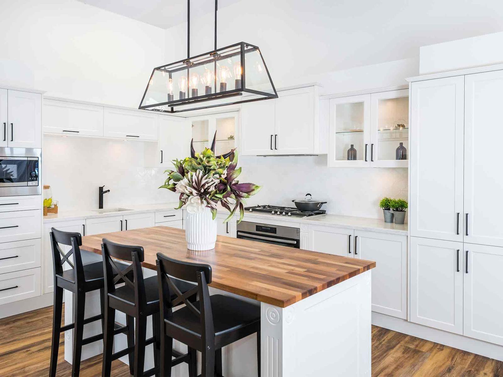 u shaped kitchen designs konyha modern u shaped kitchens galley kitchen design l shaped on kitchen ideas u shaped id=81743