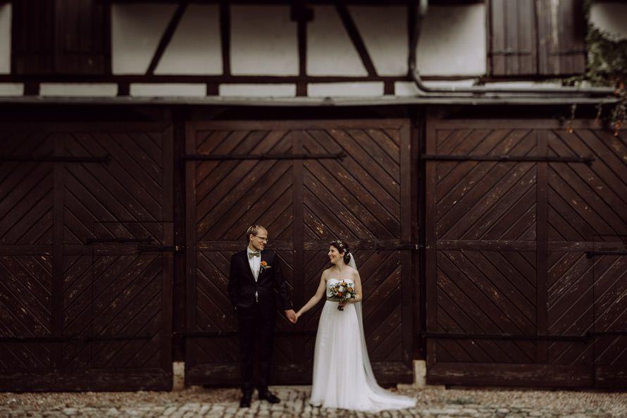 Hochzeitsfotograf In Weimar Einblick In Die Stimmungsvolle Herbsthochzeit Von E P Mit Freier Trauung Im Park Tiefurt Feier Herbsthochzeit Trauung Hochzeit