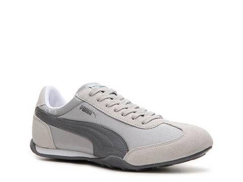 Puma Women's 76 Runner Sneaker Sneakers