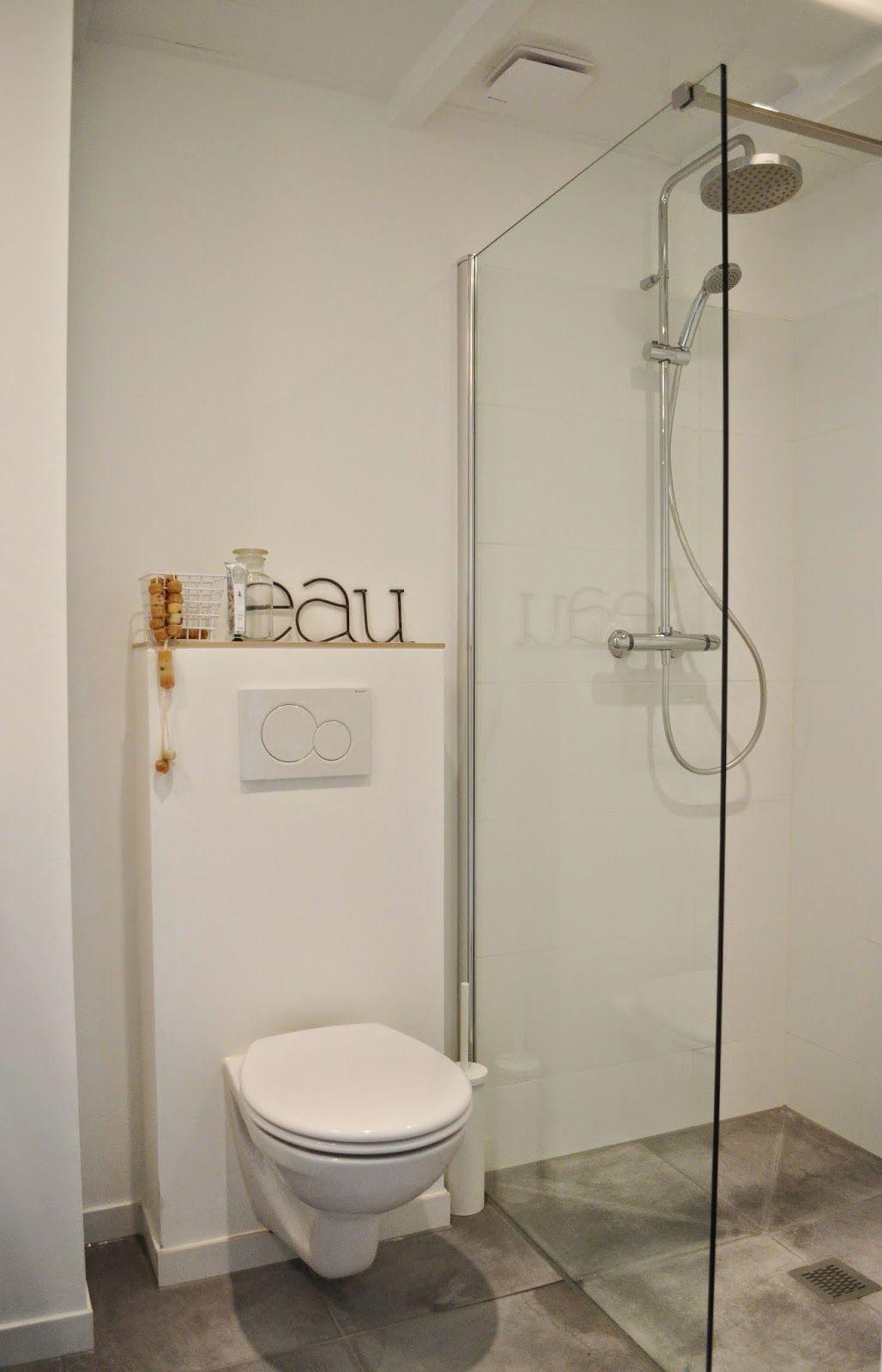 van het kastje naar de muur de nieuwe badkamer our