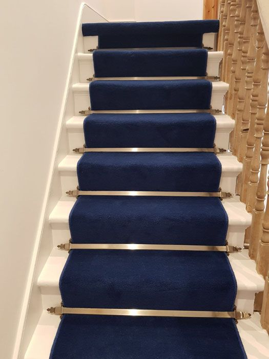 Stairs Stairs Blue Carpet Carpet Stairs   Blue Carpet On Stairs   Wooden   Grey Stair White Wall   Antelope   Geometric   Gray