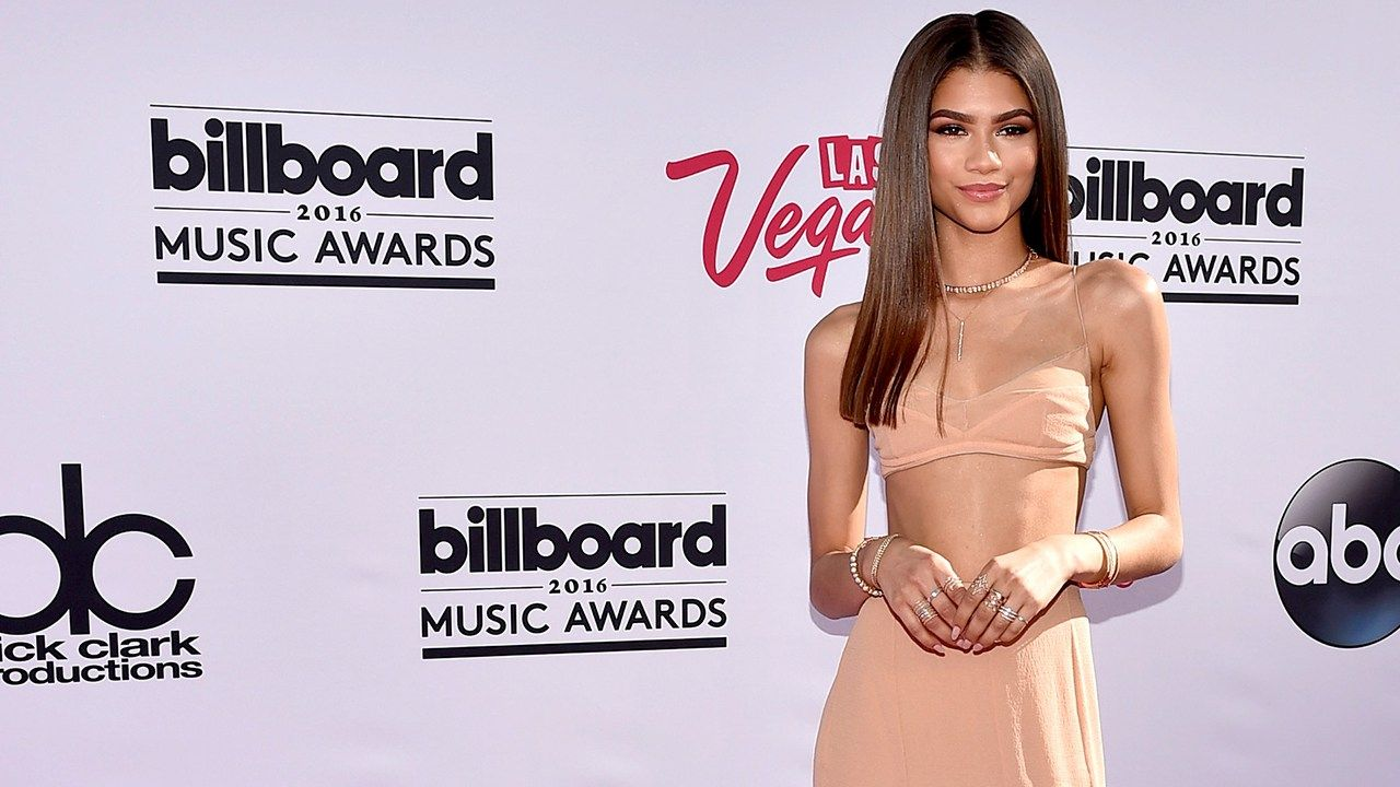 The Best and Worst Dressed Stars at the 2016 Billboard Awards - http://thisissnews.com/the-best-and-worst-dressed-stars-at-the-2016-billboard-awards-2/