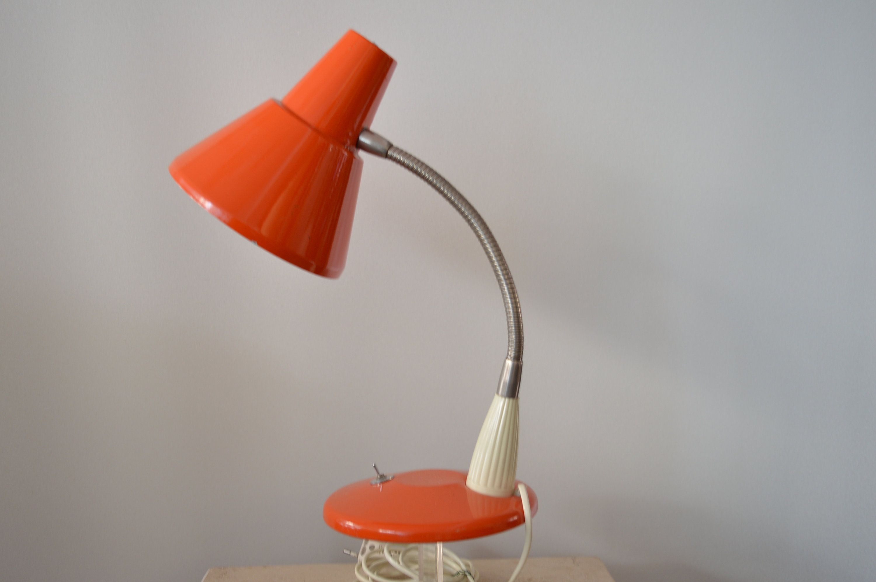 60s Table Lamp Orange Table Lamp Red White Lamp Desk Etsy Lampentisch Schreibtischlampe Tischlampen