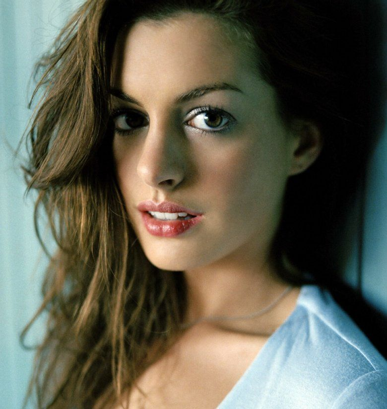 Anne Hathaway People: Anne Hathaway...so Beautiful