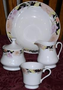 the latest 2014 fine china patterns | Lynns Fine China~Floral pattern on black trimvery nice by BEKKNHANK & the latest 2014 fine china patterns | Lynns Fine China~Floral ...
