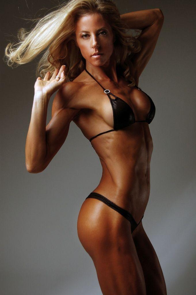 Belinda Benn | Fitness models & Inspiration | Fitness ...Belinda Benn