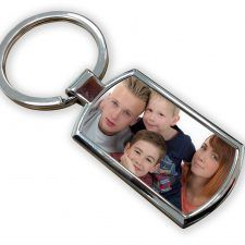Get an innovative and stylish rectangle shape hardboard keyring at Digital Innovations. We will customize it with your selected photos or text with complete finishing. Order now! Call at 9822222688