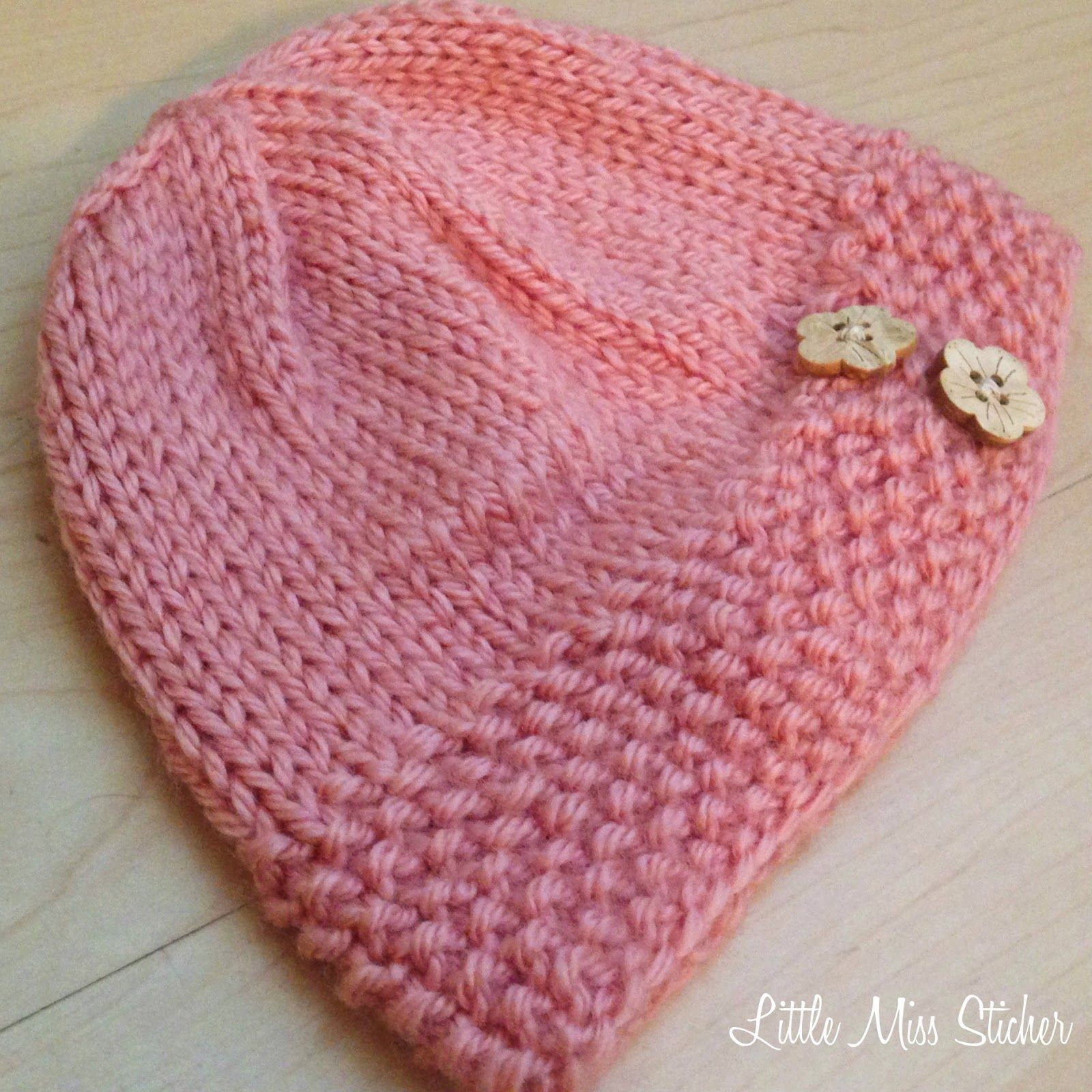 Adorable baby hat pattern its free too knitting baby knit little miss stitcher bitty beanie free knit pattern website checked bankloansurffo Choice Image