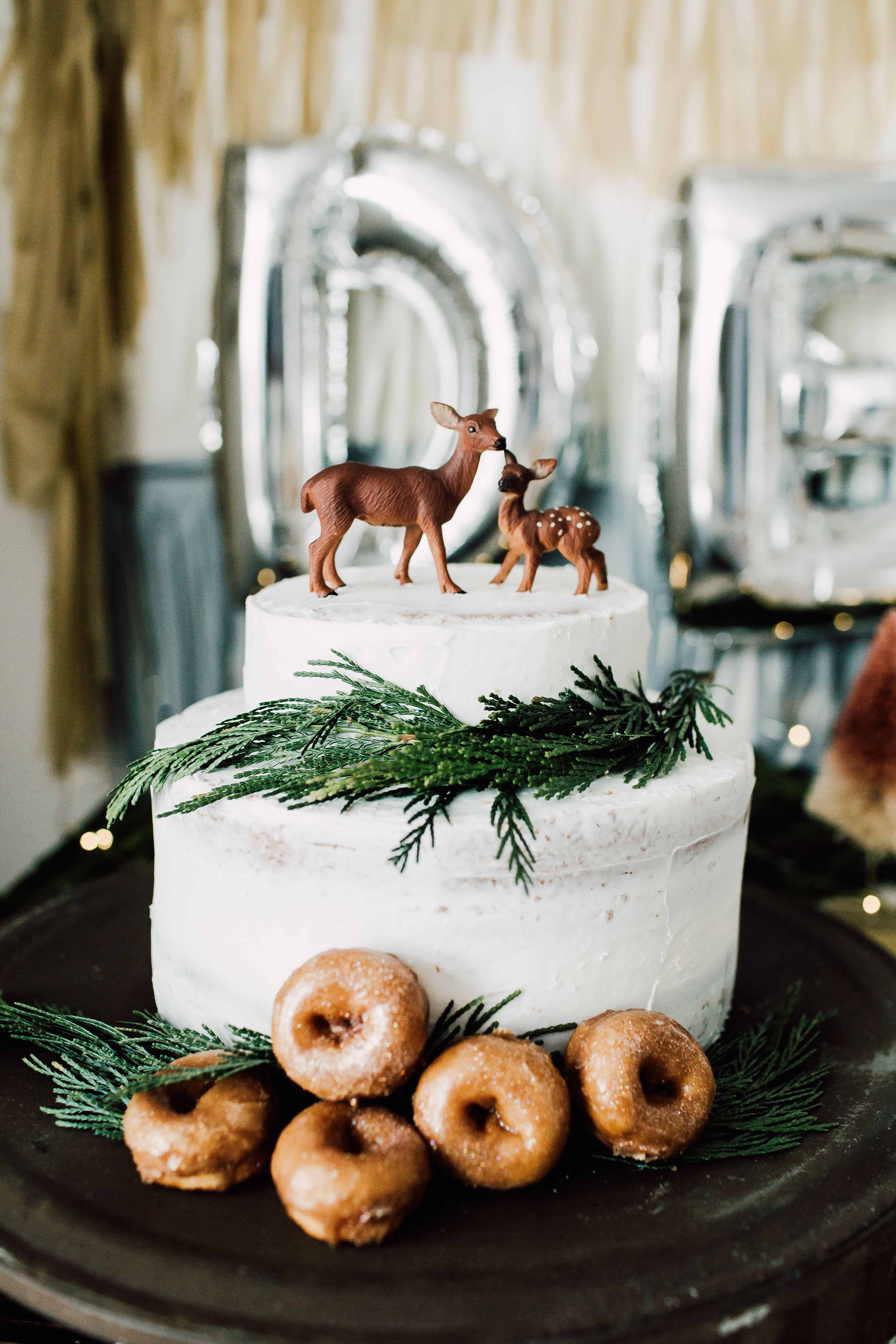 Winter Onderland First Birthday Cake Lets Have Fun Onederland Cakes