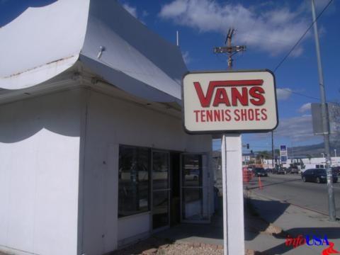 Vans VANS Store - CANOGA PARK, CA